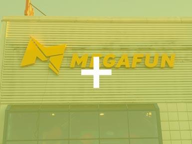 8.Megafun-lysskilt-385x290px-Over